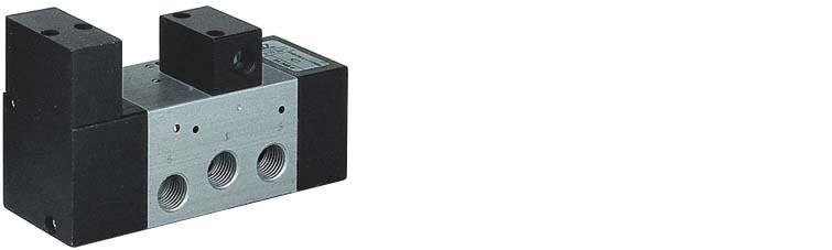Oscillatore a comando pneumatico con riposizionamento